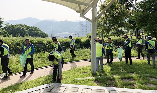 LX 한국국토정보공사 고흥지사, 환경의날 맞아 깨끗한 지역만들기 앞장